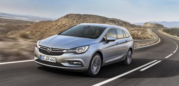 opel-astra-sports-tourer-2015_13